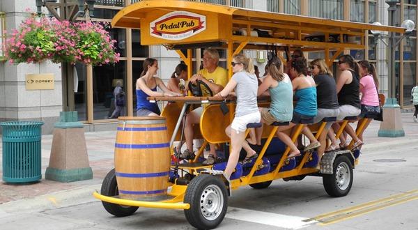pedalpub-bringing-bike-to-bar
